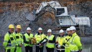 Liebherr entrega una excavadora eléctrica de 200t