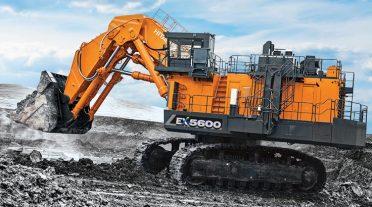 La EX5600-7 de Hitachi ofrece un rendimiento eficiente de combustible